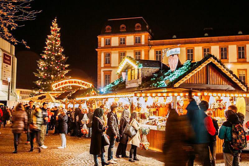 Darmstädter Weihnachtsmarkt © Darmstadt Marketing_Rüdiger Dunker