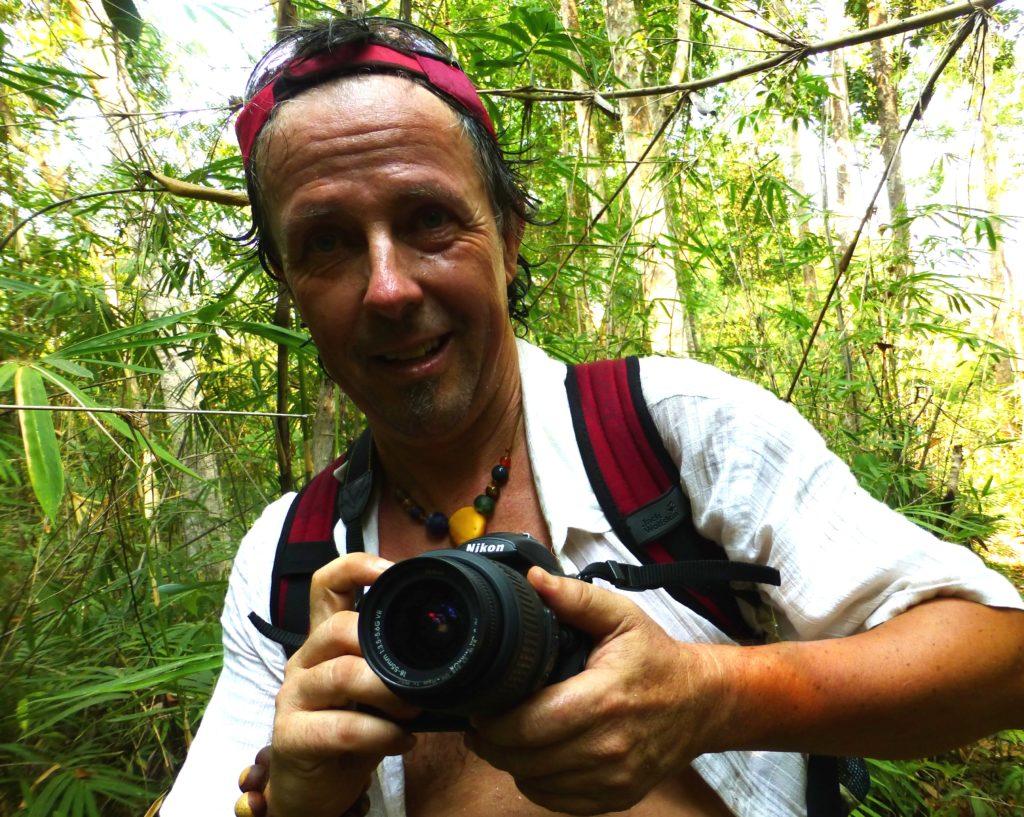 Klaus Berger im Regenwald in Kambodscha